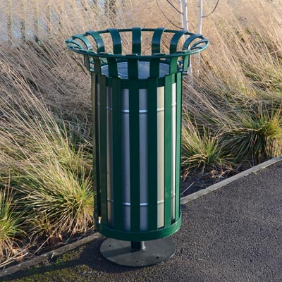 Everglade Litter Bin (60ltr) with optional pedestal base.