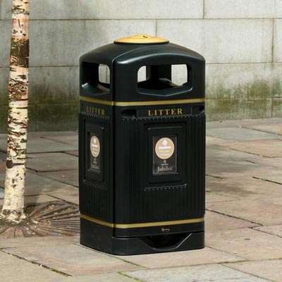 Glasdon Jubilee Litter Bin with gold bands and crest detail.